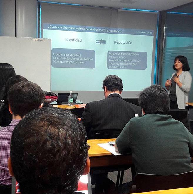 Participante en {ida workshop Taller de Gestión de Crisis